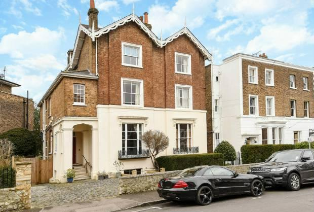 4 Bedrooms Town House for sale in Trinity Place Windsor