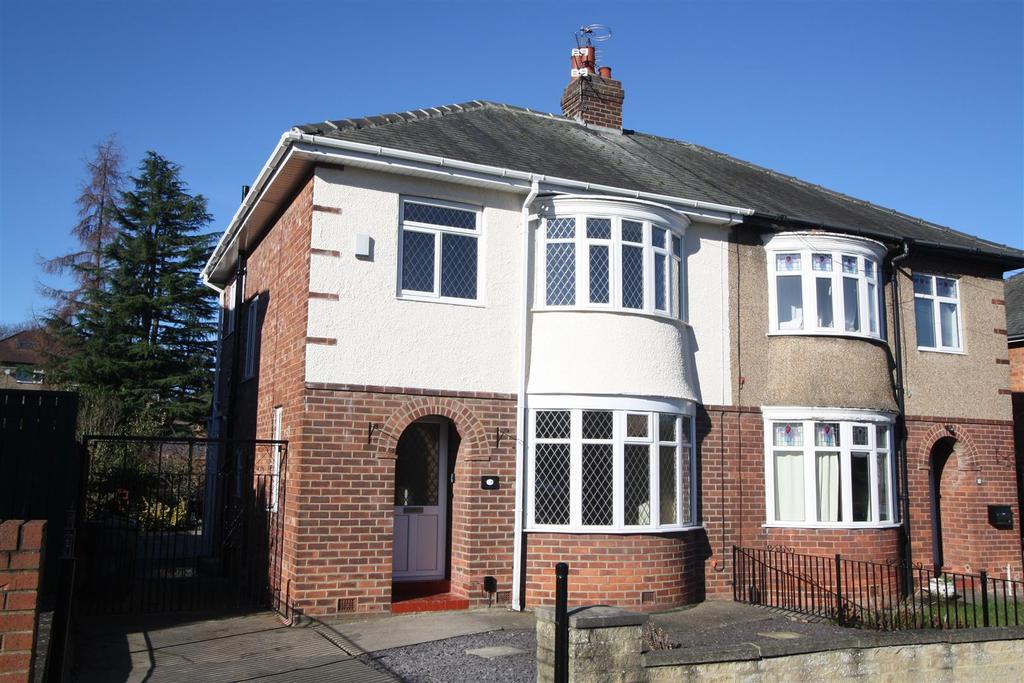 3 Bedrooms Semi Detached House for sale in Swaledale Avenue, Darlington