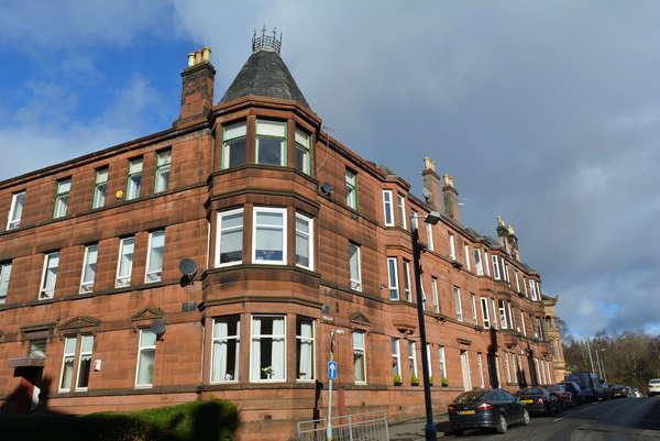 3 Bedrooms Flat for sale in 1/1, 13 Langside Place, Langside, Glasgow, G41 3DL