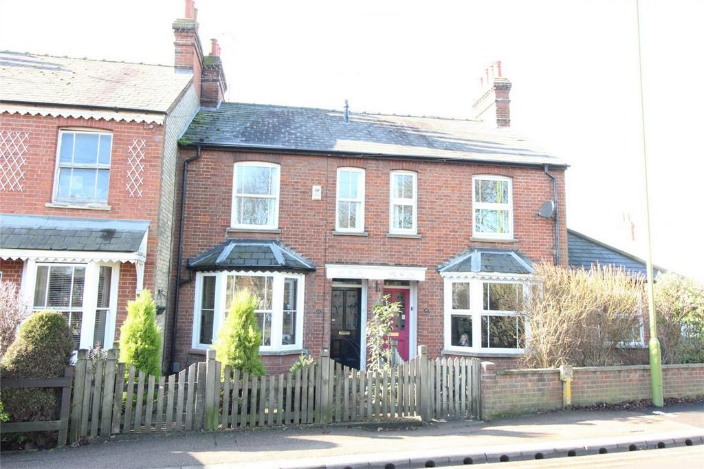 2 Bedrooms Terraced House for sale in Woolgrove Road, Hitchin, Hertfordshire