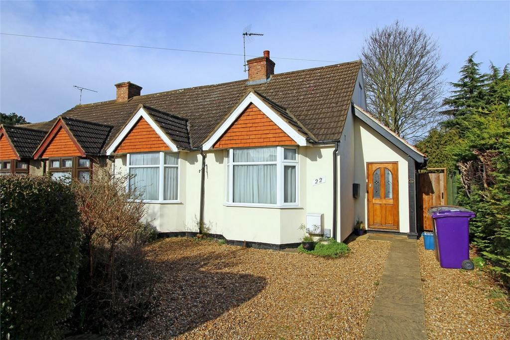3 Bedrooms Semi Detached Bungalow for sale in Common View, Letchworth Garden City, Hertfordshire