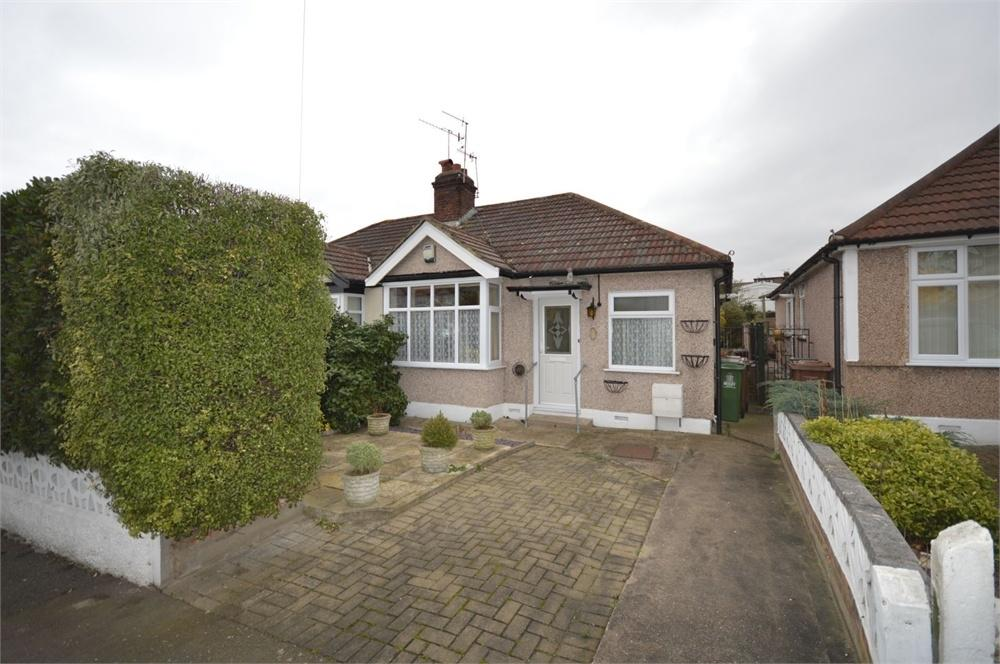 2 Bedrooms Semi Detached Bungalow for sale in Kingswood Avenue, Belvedere