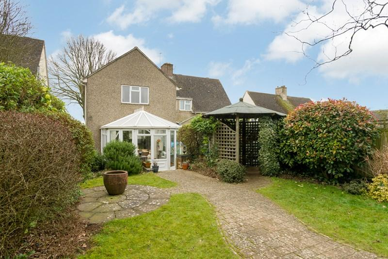 3 Bedrooms Semi Detached House for sale in Hailey Road, Chipping Norton