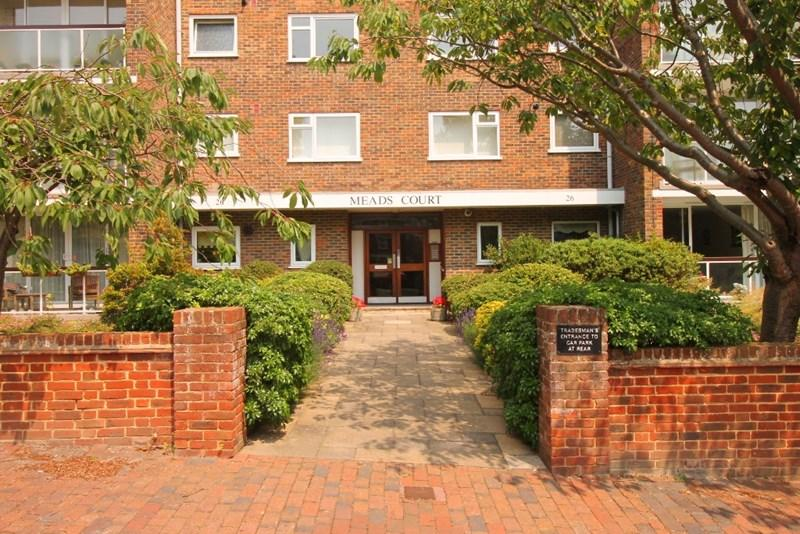 3 Bedrooms Apartment Flat for sale in Carlisle Road, Eastbourne