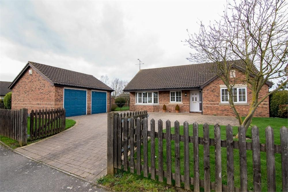 3 Bedrooms Detached Bungalow for sale in The Chase, Fishtoft, Boston, Lincolnshire