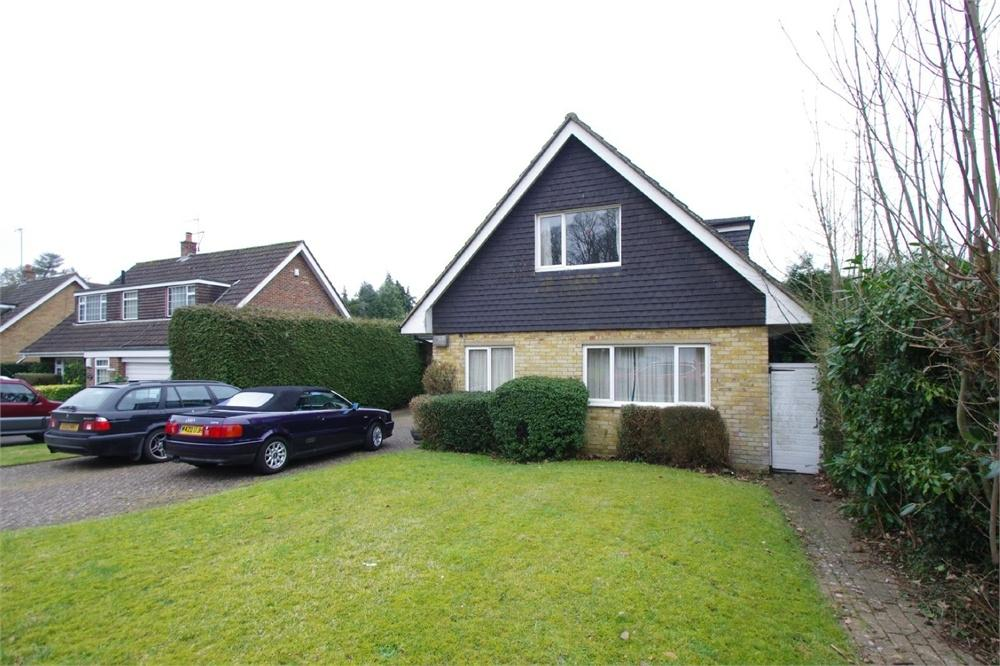 3 Bedrooms Detached House for sale in Birch Tree Walk, Watford, Hertfordshire