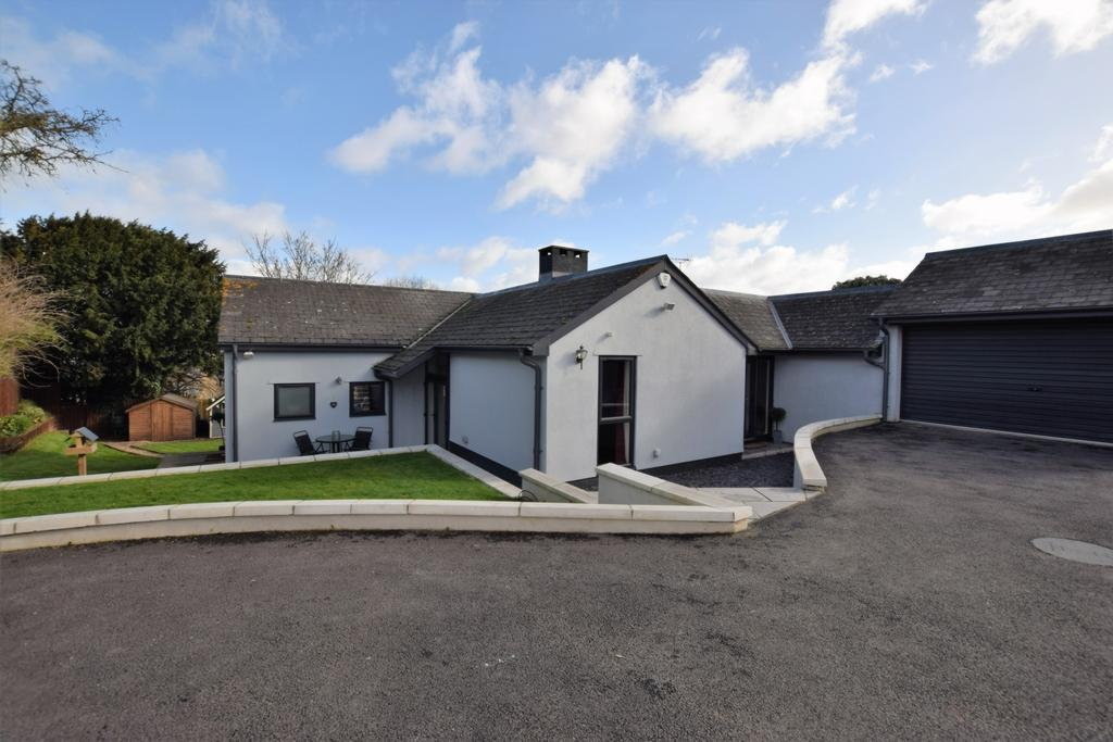 5 Bedrooms House for sale in Balls Farm Road, Alphington, EX2