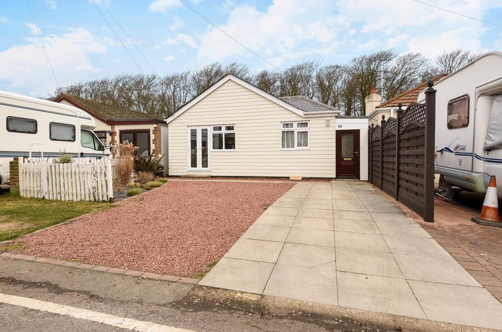 3 Bedrooms Detached Bungalow for sale in Ancton Way, Elmer Sands, Bognor Regis, PO22