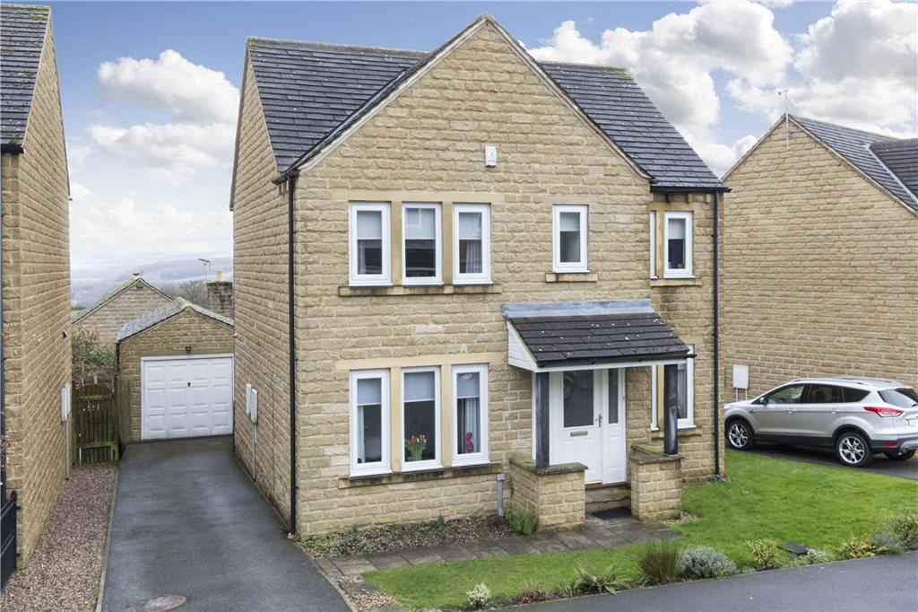 4 Bedrooms Detached House for sale in Whitestone Drive, East Morton, West Yorkshire