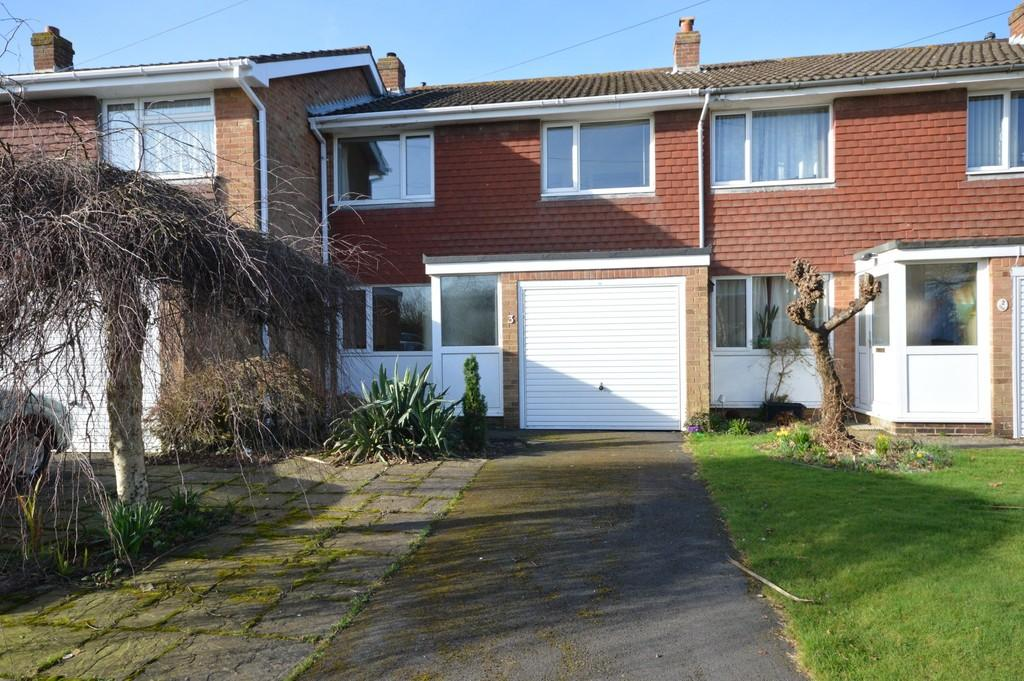 3 Bedrooms Terraced House for sale in Ashley Road, New Milton