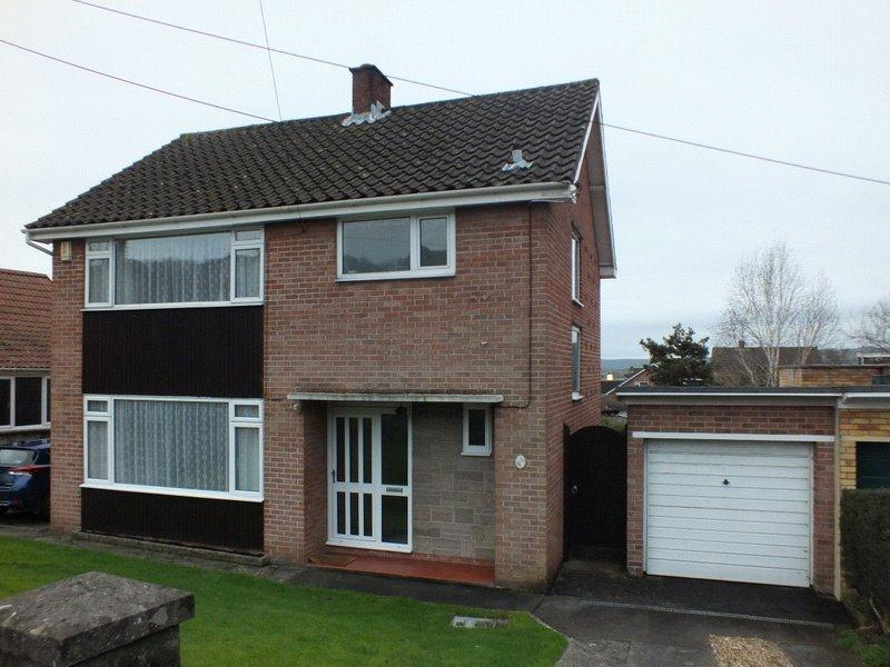 3 Bedrooms Detached House for sale in Church Road, Worle, Weston Super Mare, North Somerset, BS22