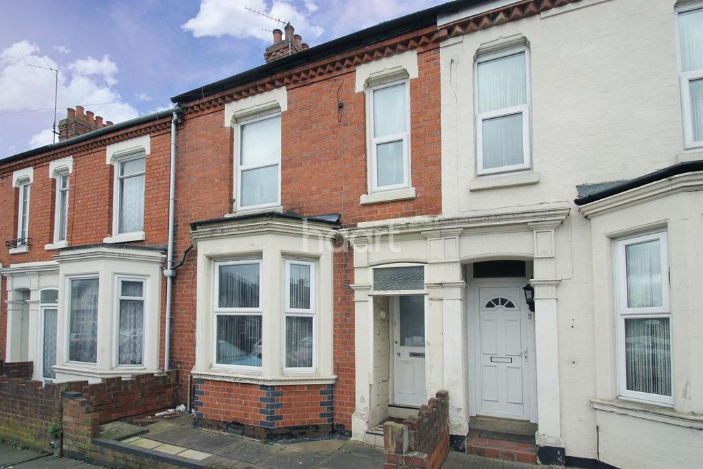 2 Bedrooms Terraced House for sale in Baring Road, St James, Northampton