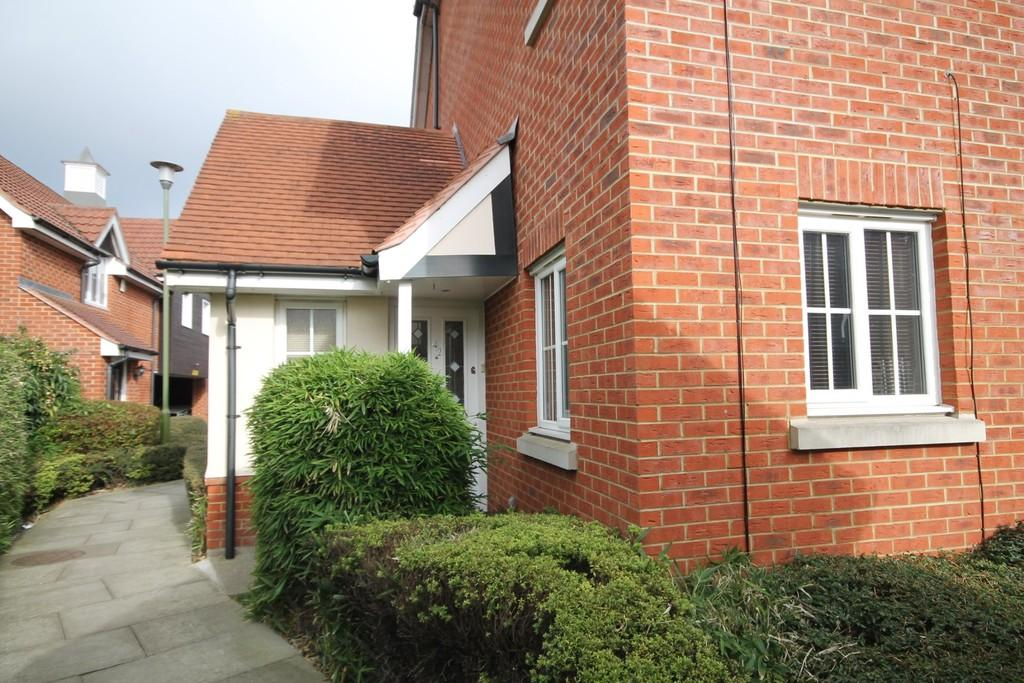 1 Bedroom House for sale in The Granary, Stanstead Abbotts
