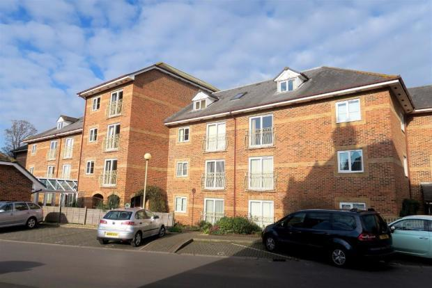 2 Bedrooms Flat for sale in Tower Street, Taunton TA1