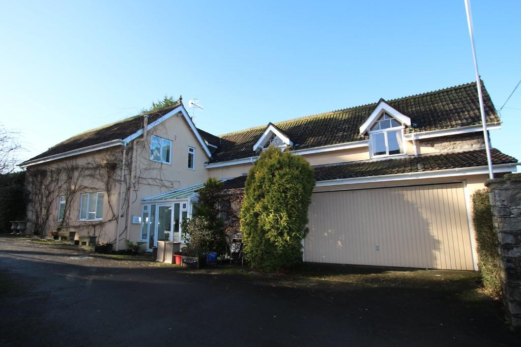 5 Bedrooms Detached House for sale in Front Street, Churchill
