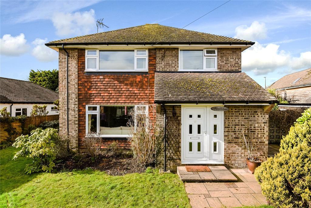 4 Bedrooms Detached House for sale in Lickfolds Road, Rowledge, Farnham, Surrey