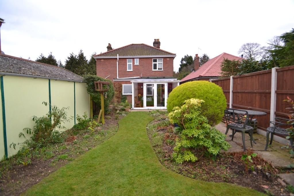 1 Bedroom Ground Flat for sale in Whitefarm Lane, Thorpe St Andrew