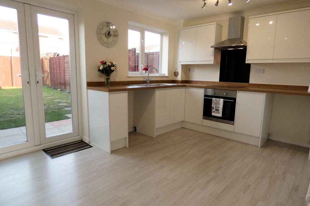 2 Bedrooms Town House for sale in Birches Close, Stretton
