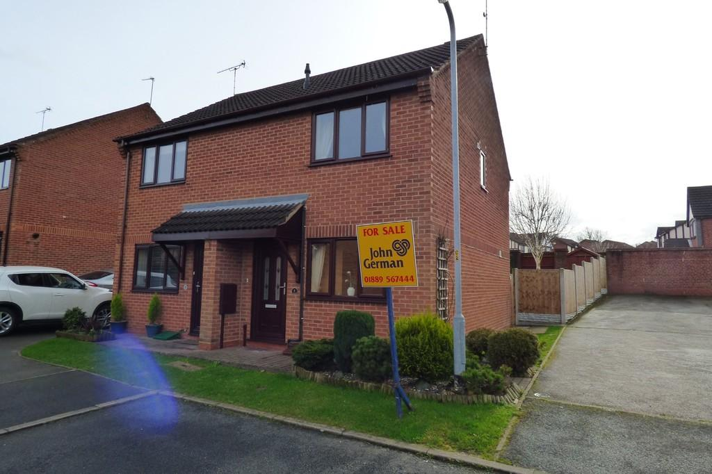 2 Bedrooms Semi Detached House for sale in Serin Close, Uttoxeter, Staffordshire, ST14 8UQ