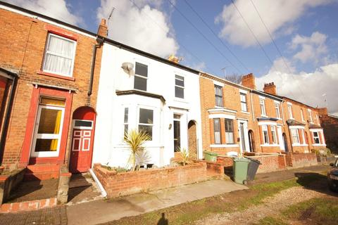 3 bedroom terraced house to rent - Navigation Road, Northwich