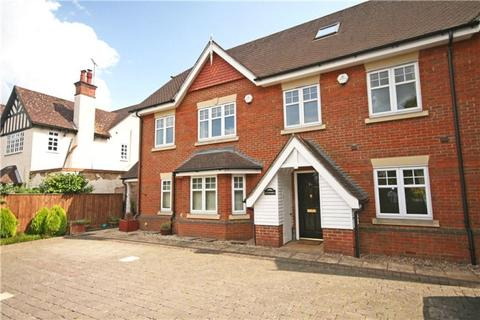 4 bedroom terraced house to rent - Ledborough Lane, Beaconsfield