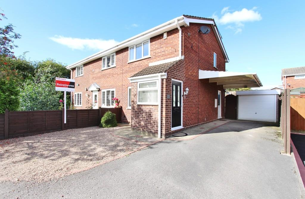 2 Bedrooms Semi Detached House for sale in Sycamore, Wilnecote, B77 5HF