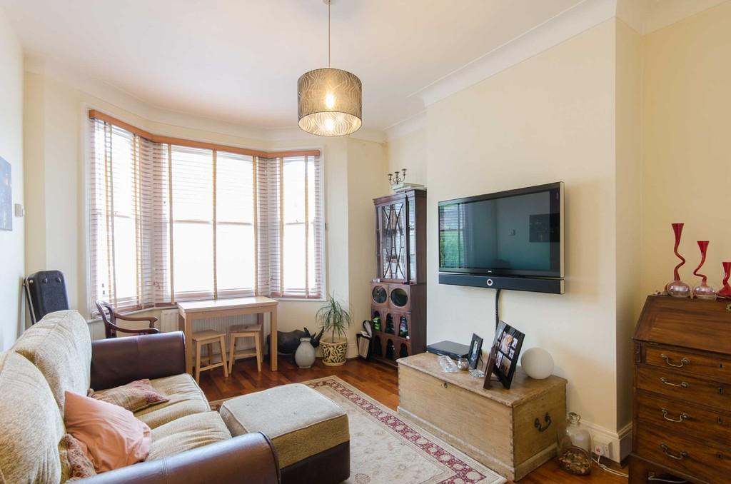 2 Bedrooms Flat for sale in Ivydale Road, Nunhead