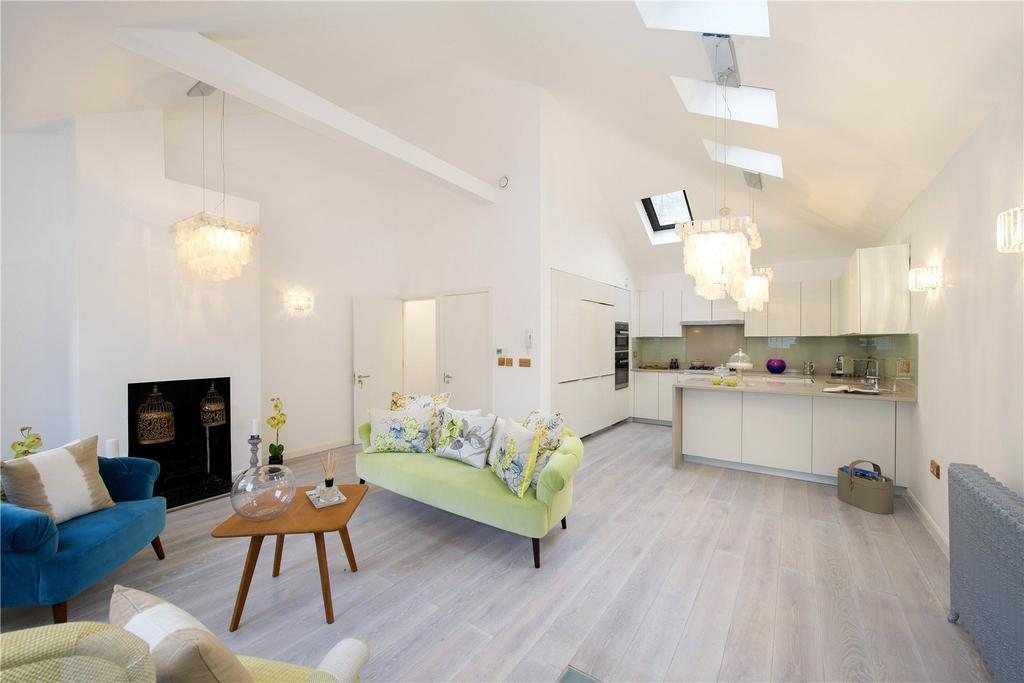 3 Bedrooms House for sale in Wellington Close, London, W11