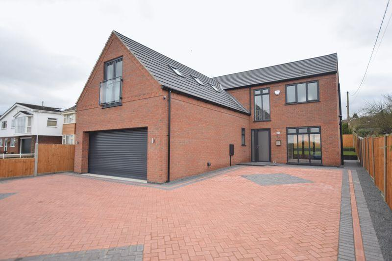 4 Bedrooms Detached House for sale in Lincoln Road, Washingborough, Lincoln