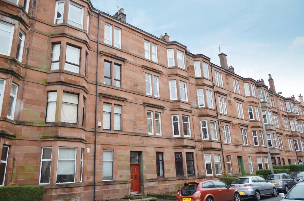 1 Bedroom Flat for sale in Dundrennan Road, Flat 2/1, Langside, Glasgow, G42 9SE