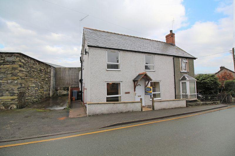 2 Bedrooms Semi Detached House for sale in Cynwyd, Corwen