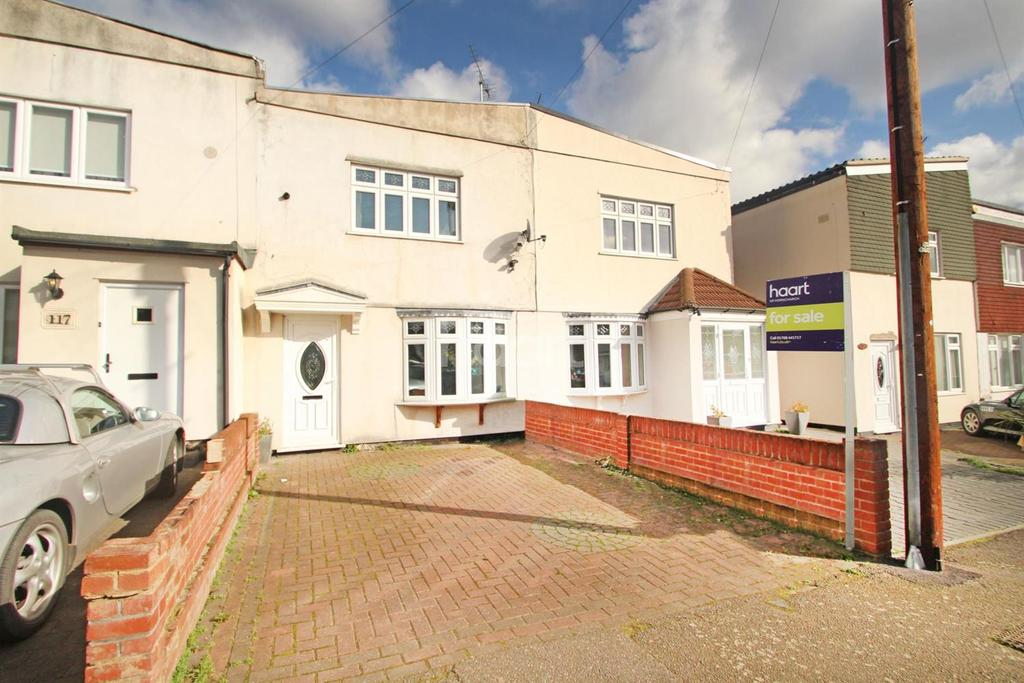 3 Bedrooms Terraced House for sale in Benets Road, Hornchurch