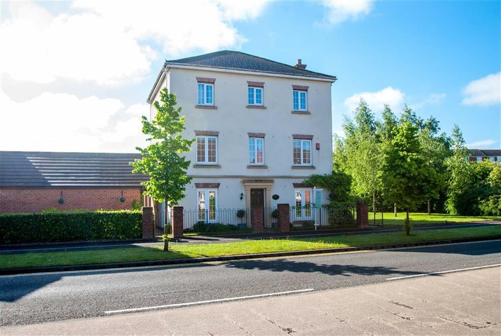 5 Bedrooms Detached House for sale in Sainte Foy Avenue, Lichfield, Staffordshire