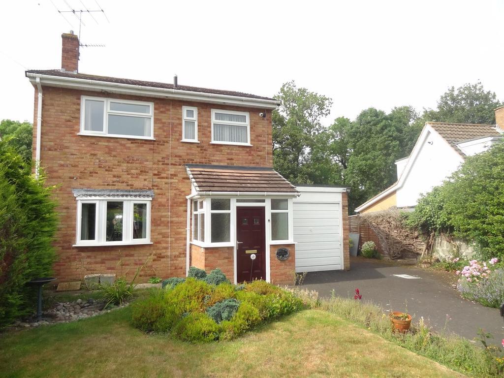 3 Bedrooms Detached House for sale in Brookside Gardens, Yockleton, Shrewsbury