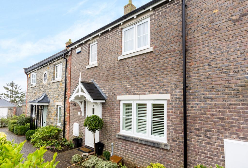 3 Bedrooms House for sale in Stapleford Court, Stalbridge, Sturminster Newton