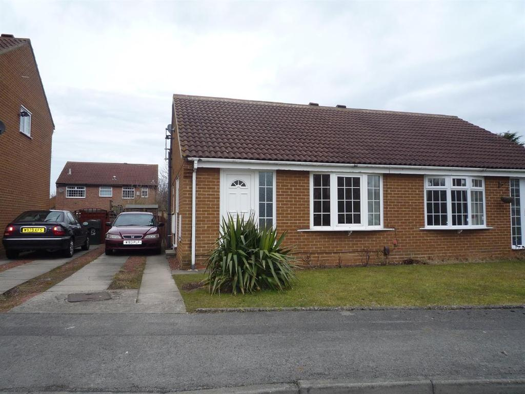 2 Bedrooms Semi Detached Bungalow for sale in Cedarwood Glade, Stainton
