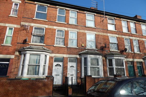 3 Bedrooms Terraced House for sale in Birkin Avenue, Forest Fields, Nottingham, NG7