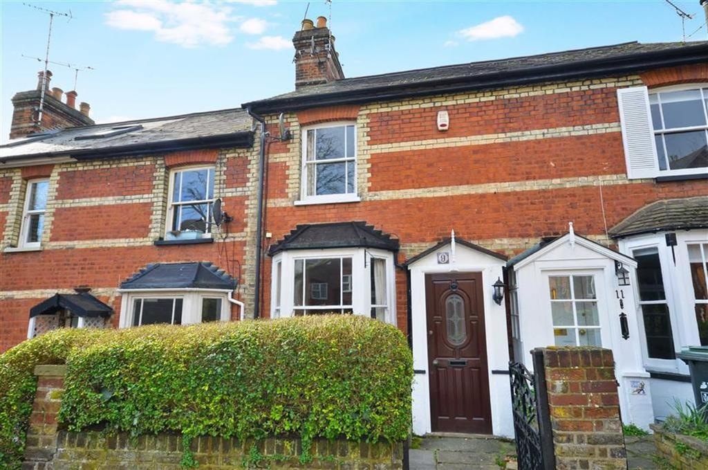 2 Bedrooms Terraced House for sale in Parsonage Road, Rickmansworth, Hertfordshire, WD3