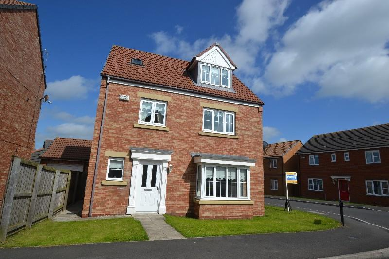 4 Bedrooms Detached House for sale in Wallington Court, Spennymoor