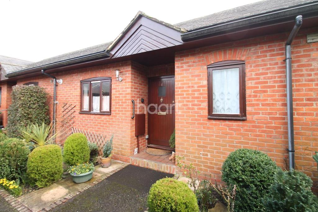 1 Bedroom Bungalow for sale in Malthouse Court, Liphook, Hampshire