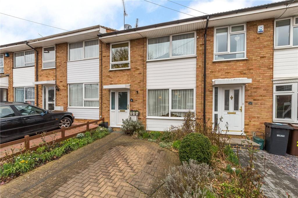 3 Bedrooms Terraced House for sale in Cedarwood Drive, St. Albans, Hertfordshire