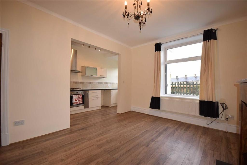 3 Bedrooms Terraced House for sale in Nora Street, Barrowford, Lancashire