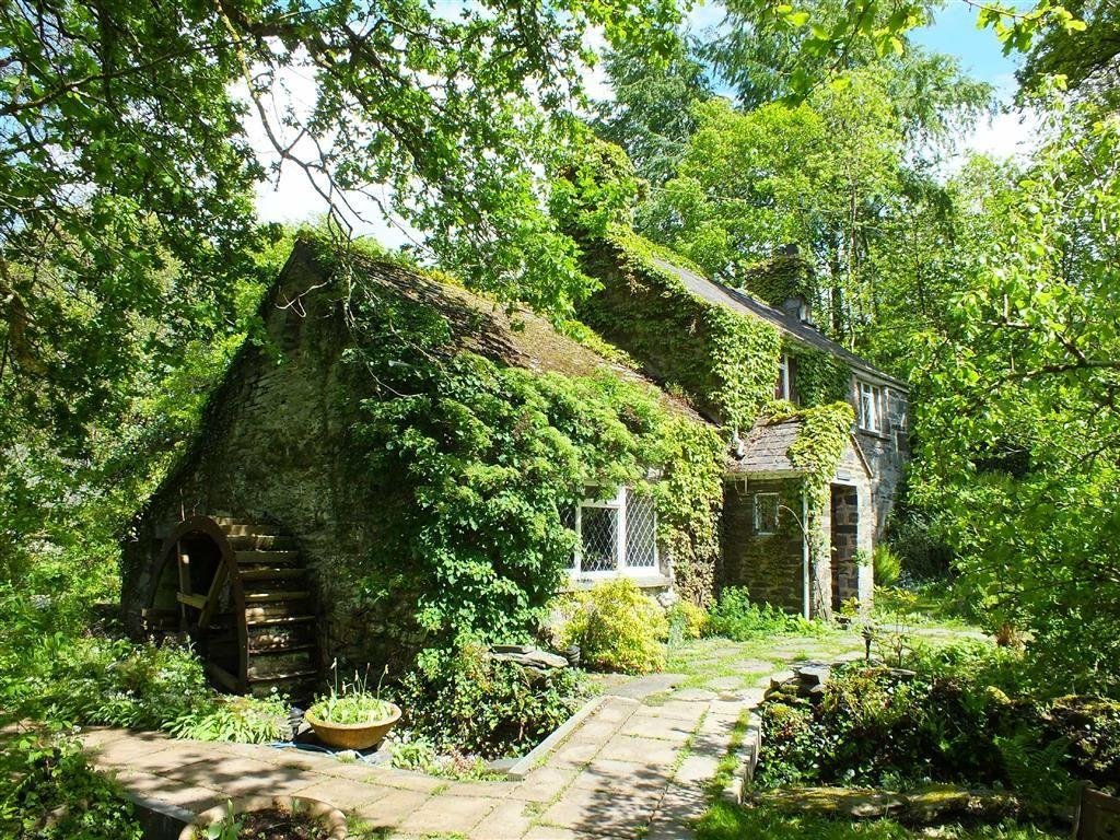 4 Bedrooms Cottage House for sale in Royal Oak Farmhouse, Betws Y Coed, Conwy