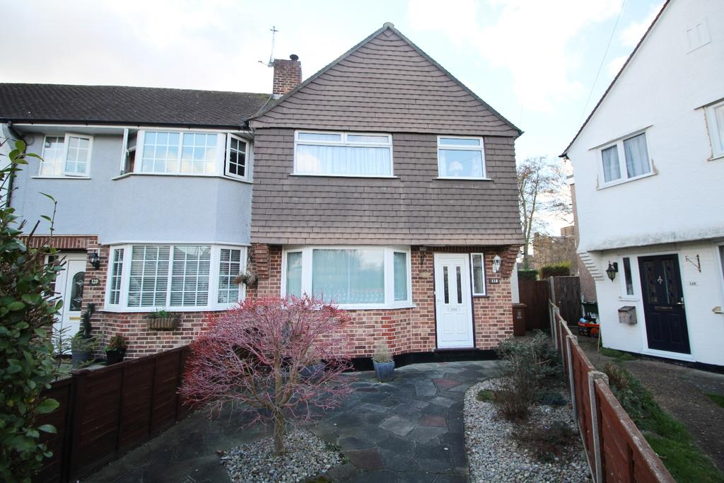 3 Bedrooms End Of Terrace House for sale in Berwick Crescent Sidcup DA15
