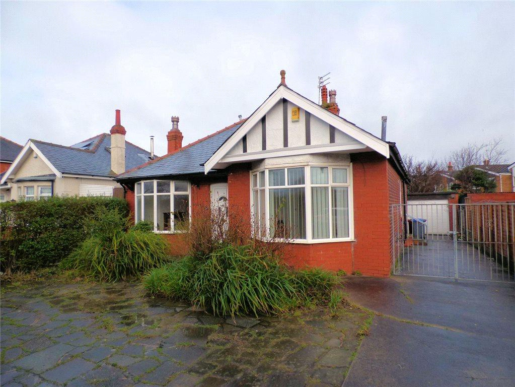 2 Bedrooms Detached House for sale in Poulton Road, Blackpool, Lancashire