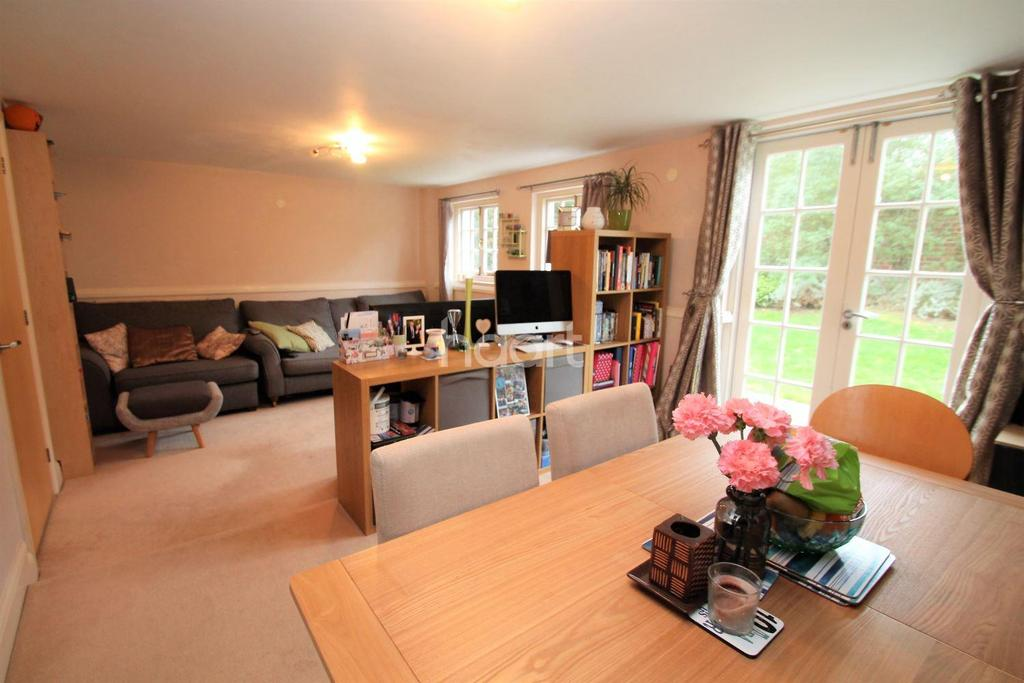 1 Bedroom Maisonette Flat for sale in Home Bridge Court, Witham, CM8