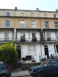 1 bedroom flat to rent - Richmond Park Road, Clfiton,