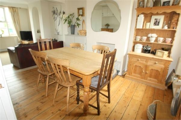 3 Bedrooms Cottage House for sale in Queens Road, SUDBURY, Suffolk