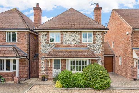 4 bedroom detached house for sale - Innkeepers Court, Longwick, Princes Risborough, Buckinghamshire, HP27