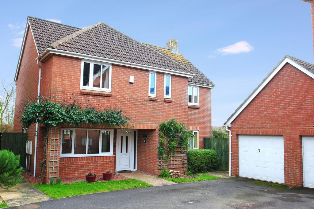 4 Bedrooms Detached House for sale in Brendons, Bishops Lydeard
